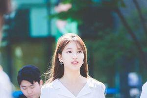 Suzy 'đốn gục' trái tim fan hâm mộ với vẻ đẹp hoàn hảo