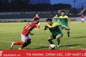 Thắng XSKT Cần Thơ 2 - 0, Hồng Lĩnh Hà Tĩnh vươn lên đầu bảng xếp hạng