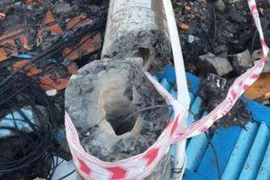 Trụ điện không lõi đổ sập, đè nam công nhân làm cống thoát nước tử vong