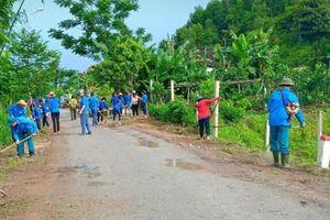 Vũ Quang (Hà Tĩnh): Gần 2.000 người tham gia tổng vệ sinh hưởng ứng ngày môi trường thế giới
