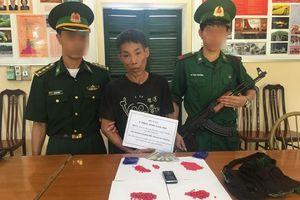 Thanh Hóa: Bắt giữ đối tượng người Lào vận chuyển trái phép chất ma túy