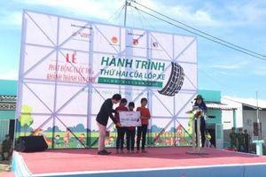 Toyota Việt Nam trao tặng sân chơi cho trẻ em tỉnh Bạc Liêu