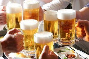 Tranh cãi quy định cấm bán rượu, bia sau 22h liệu có khả thi?