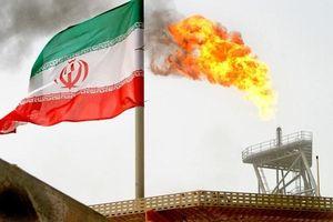 Mỹ cảnh báo nước trừng phạt bất kỳ nước nào mua dầu của Iran
