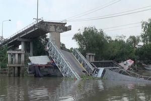 Sập cầu ở Đồng Tháp: 'Cầu tải trọng 8 tấn, xe tải gần 30 tấn chạy qua không sập mới lạ'
