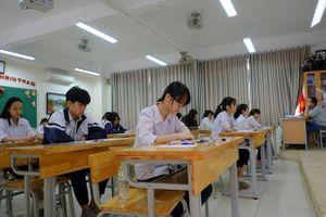 Thi 2 môn trong một buổi thi lớp 10, thí sinh Hà Nội tiếp cận hình thức thi THPT quốc gia