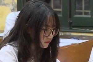 Đi thi lớp 10, cô gái bỗng bị 'ném đá' vì xuất hiện trên truyền hình