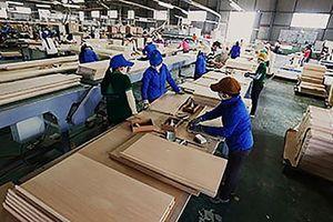 Hưởng lợi từ thương chiến, xuất khẩu gỗ - nội thất sẽ vượt 11 tỉ USD?