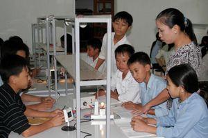 Xây dựng đội ngũ nhà giáo đáp ứng yêu cầu mới