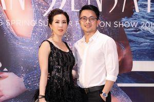 Hoa hậu Thu Hoài từng ngại ngùng khi xuất hiện cùng bạn trai kém tuổi
