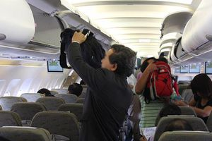 Liên tiếp phát hiện khách nước ngoài trộm cắp trên tàu bay