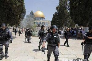 Đụng độ tại thánh địa Jerusalem, 45 người bị thương