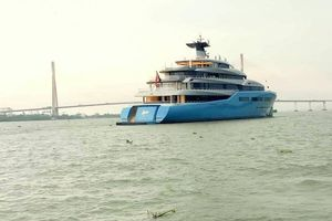Siêu du thuyền 150 triệu USD của tỷ phú Anh lần 2 đến Cần Thơ