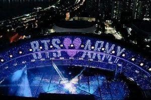 Khoảnh khắc BTS bật khóc trong đêm diễn ở London: Các staff và người hâm mộ đã bí mật chuẩn bị điều đặc biệt này