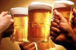 Quy định cấm bán rượu bia sau 10 giờ đêm liệu có khả thi?