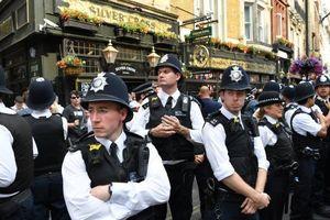 Anh huy động hơn 10.000 cảnh sát bảo vệ ông Trump