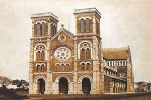 Nhà thờ Đức Bà Sài Gòn ban đầu có tên là gì?