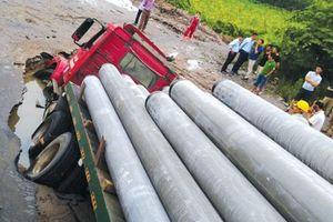 Vỡ đường ống Nhà máy Nước sạch sông Đuống