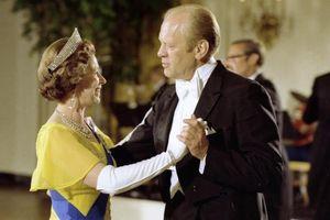 Những khoảnh khắc ấn tượng của Nữ hoàng Anh và các nguyên thủ Mỹ