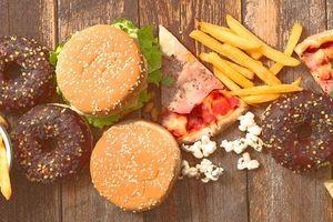 Mỹ: Hàng ngàn người ung thư do chế độ ăn uống nghèo nàn