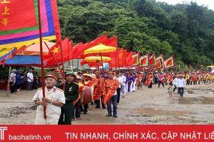 Tưng bừng lễ rước tại hội đền Chiêu Trưng Đại vương năm 2019