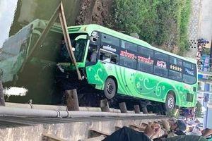 Danh tính 9 nạn nhân thương vong vụ xe khách lao xuống sông ở Thanh Hóa