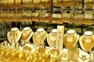 Giá vàng hôm nay 4/6: USD mất giá, vàng lại tăng phi mã