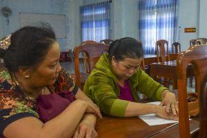 Thừa Thiên-Huế: Bắt nhiều quý bà say sưa 'sát phạt' trên chiếu bạc