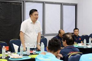 Phó chủ tịch VFF động viên thầy trò HLV Park Hang-seo
