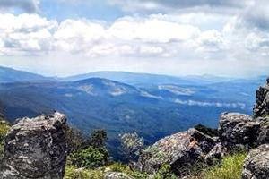 Dấu vết ngoài hành tinh nằm 'chình ình' trên đỉnh núi ở Nam Phi