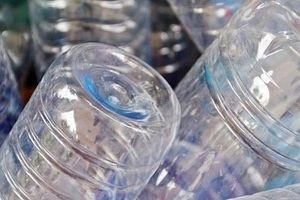 Nhật Bản xem xét cấm phát túi nilon miễn phí tại các siêu thị và cửa hàng
