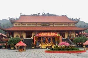 Tiêu cực tại chùa Ba Vàng được đại biểu đưa lên bàn nghị sự chất vấn