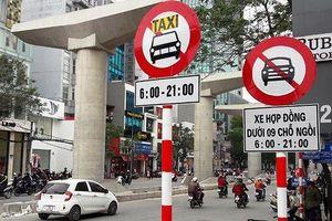 Chính thức cấm xe hợp đồng trên 11 tuyến phố