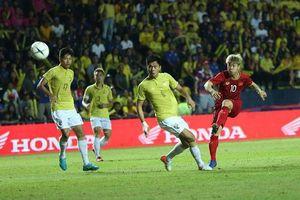 Hạ Thái Lan ở phút bù giờ, tuyển Việt Nam ghi tên vào chung kết King's Cup!