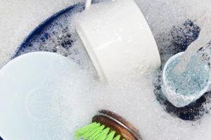 6 sai lầm khi dùng nước rửa bát nhiều người mắc phải mà không hay