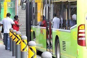 Singapore khai tử dịch vụ xe buýt hoạt động như Uber