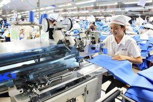 Doanh nghiệp dệt may 'gánh' tác động kép khi thực thi cam kết về lao động trong CPTPP