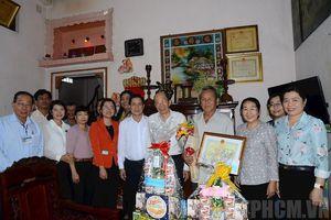 Lãnh đạo TP.Hồ Chí Minh thăm, chúc mừng người cao tuổi