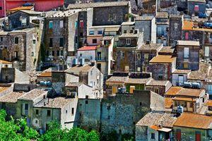 Nhiều ngôi nhà tại Ý được rao bán chỉ 26.000 đồng