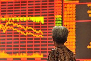 Chứng khoán Trung Quốc: Nhà đầu tư ngơ ngác giữa màn sương