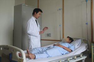 Cấp cứu thành công bệnh nhân bị mắc xương cá dài 2 cm ở ống hậu môn