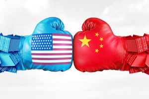 Kinh tế toàn cầu đến ngã ba đường