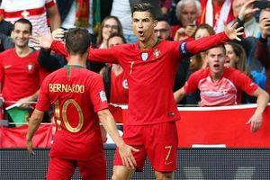 Nations League: Ronaldo ghi hat-trick thứ 53, Bồ Đào Nha vào chung kết