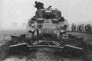 Giật mình dàn xe tăng cực dị được thiết kế ngày đổ bộ D-Day