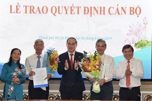 Trao quyết định phê chuẩn kết quả bầu 2 phó chủ tịch UBND TP.HCM