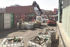 Xử lý hãng tàu khi vận chuyển phế thải vào Việt Nam