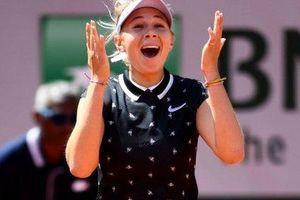 Địa chấn ở Roland Garros: Simona Halep thành cựu vô địch bởi tay vợt 17 tuổi