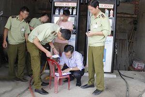 Đắk Lắk: Phạt hành chính doanh nghiệp bán xăng không bảo đảm chất lượng