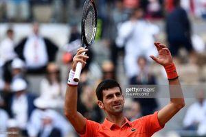 Tứ kết Roland Garros: Nadal và Federer gọi, Djokovic trả lời