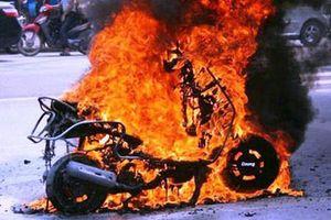Vụ xăng giả của đại gia Trịnh Sướng: Cháy xe, ai đền?